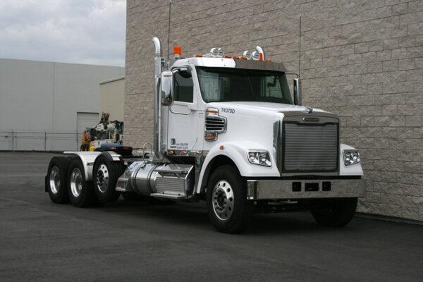 Truck Tractor Front Passenger Side Freightliner