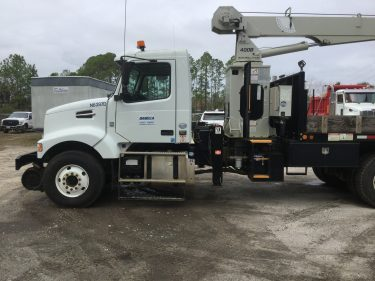H/R 10 Ton Center Mount Crane Truck